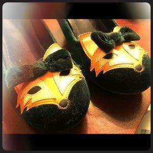 ModCloth velvet fox high heel shoes size 10